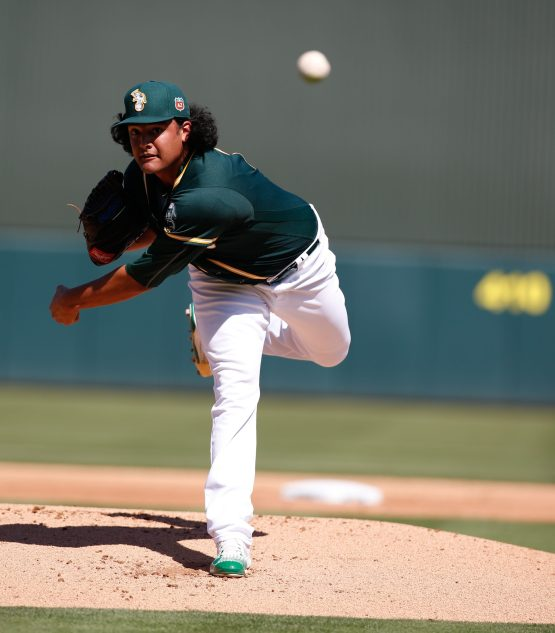 Manaea pitching